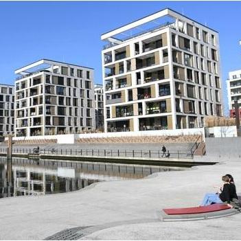 Baukreditvermittler Interhyp sieht Beruhigung bei Immobilienpreisen