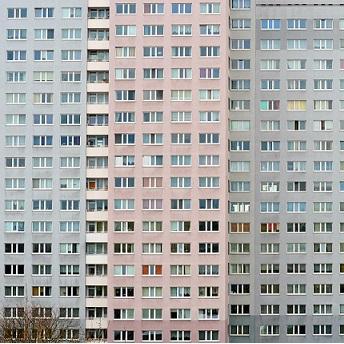 Das Einkommen sinkt, die Wohnkosten bleiben – viele Mieter geraten in Bedrängnis